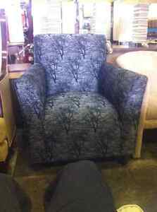 FAUTEUILES - ARM CHAIRS