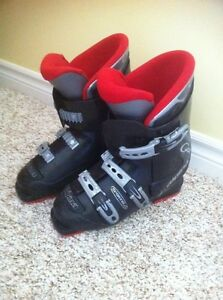Downhill Ski Boots Size 6/7