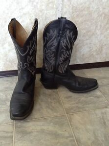 THREE pairs of size 13, one size 12 mens footgear