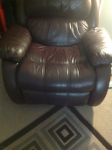 Recliner genuine leather burgandy chair