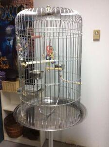 Cage pour oiseaux ( format moyen à grand )