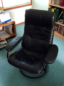 Gently Used Black Recliner/Swivel Chair