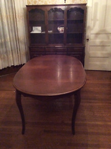 Dining room set - MUST SELL