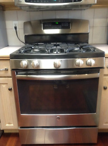 Moving Sale - GE Self Cleaning Gas Range