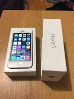 White and silver iPhone 5 16 gig 10/10 condition