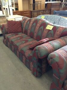 Couches and chairs Windsor Region Ontario image 4