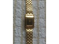 LADIES GUCCI 4200L GOLD PLATED WATCH