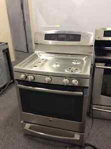 GE FREESTANDING GAS RANGE WITH 5 BURNERS STAINLESS