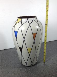 """14"""" vintage West Germany vase"""