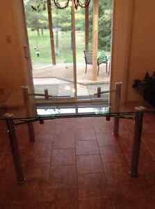 Extendable glass dining table- PRICE DROP!!! 350 OBO