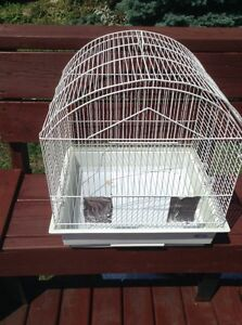 Bird 2 cage only in 20$eh no negotiations