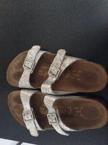 Ladies pappillio sandals