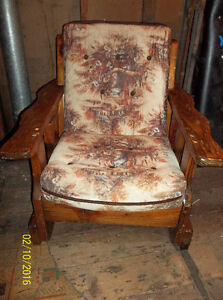 Beautiful wooden chair for sunroom, basement or Recroom Windsor Region Ontario image 2