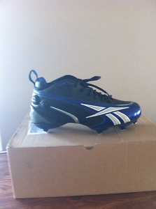 9 football cleat reebook