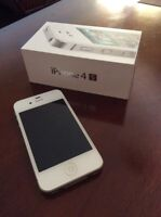 Two Mint Condition iPhone 4S's - Rogers - Priced to Sell