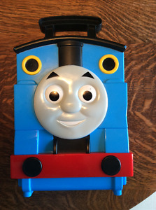 Take and play Thomas The Train carrying case and play