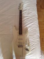 Electric guitar. 9.5 condition need gone!