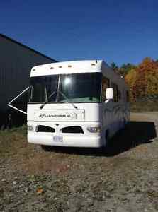 REDUCED TO SELL - Well Maintained RV and Ready to GO