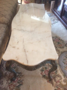 French provincial Set of three occasional tables - marble top
