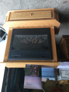 Amish heat surge electric  fire place with Hearth and remote