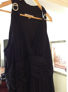 STUNNINGLY BEAUTIFUL EVAN-PICONE BLACK EVENING DRESS....18W.....