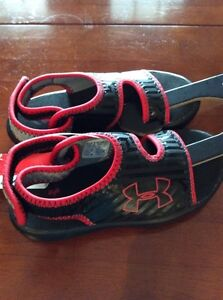 Under Armour Sandals-size 11 youth