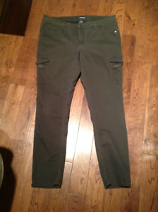 Pantalon Femme Jordache Kaki Taille 16! 8$