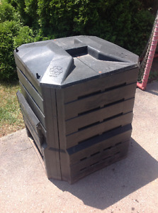 "COMPOST CONTAINERs ""SOIL SAVER"" 28"" X 28"" X 30"" - $45 each Oakville / Halton Region Toronto (GTA) image 1"