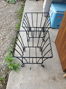 Square metal planters for sale