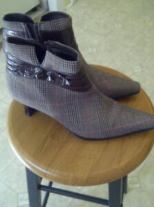 **Ladies Sandals & Boots For Sale**