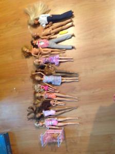 Jouets à vendre, Barbies, Monster High et accessoires