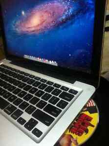 "Macbook Pro 2.4ghz 13.3"" 500 gbHDD 4gb, DVD Burner & El Capitan!"