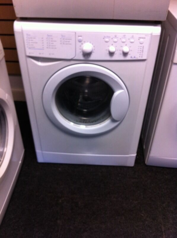White indesit washing machine6kg 99£