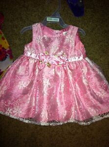 Christmas dresses 0-6 months.  Cambridge Kitchener Area image 4