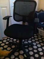 Adjustable Office Chair/Computer Chair!!!