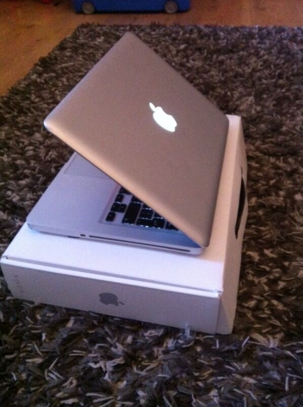 MacBook Pro 13 inch 240 gb ssdin Croydon, LondonGumtree - MacBook Pro 13 inch with 240 gb solid state drive, super quick with 4gb ram. 2.66 ghz intel core 2 duo processor running the latest mac OS Sierra . Has lots of little scratches to top covers shown in pics , comes with charger and black tech21...