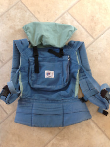 Original Ergo with Older Style Infant Insert