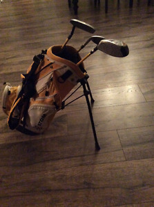 Junior Atom Right-Handed Golf Clubs and Bag For Sale