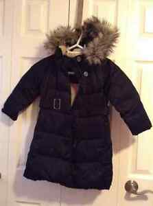 Land's End winter coat with removeable hood. Size 4