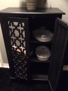 Meuble/armoire noir, rangement, en bois, portes miroir et bois