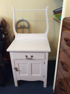 Antique washstand in Sturgeon Falls