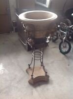 Solid metal antique decorative stand