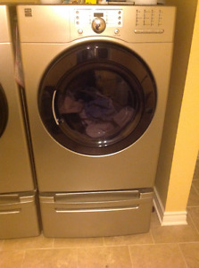 Kenmore front-loading washer & dryer with pedestals
