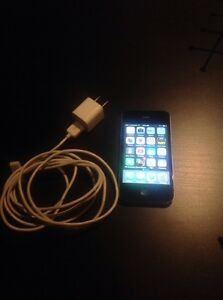 iPhone 4 32GB w/ Lifeproof FRE Case