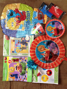 Sesame Street Birthday Decorations - EUC