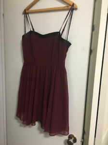 Forever 21 red sweetheart neckline cocktail dress size large