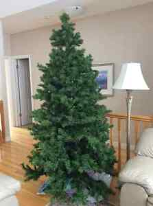 Beautiful 7' Christmas tree