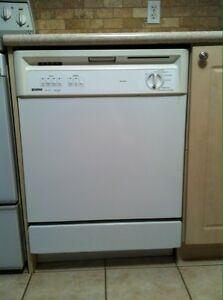 Kenmore Built in Dishwasher