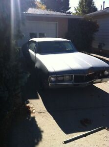 1968 Oldsmobile Cutlass for parts or project