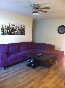 2 BEDROOM DOWN TOWN WITH WOOD FLOORING & DISHWASHER